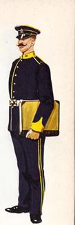 199-1910_officer_2.jpg
